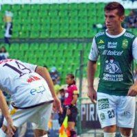 """Colo Colo y la """"U"""" se pelean por Juan Cornejo que volvería de México para jugar en Chile"""