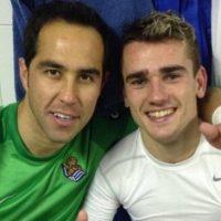 """[FOTO] """"Ya eres leyenda"""": Claudio Bravo felicito a su amigo Antonie Griezmann por obtener la Copa del Mundo"""