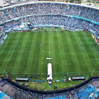 Eugenio Mena, Racing Club, Pablo Galdames, Vélez Sarsfield, fútbol argentino, Selección Chilena