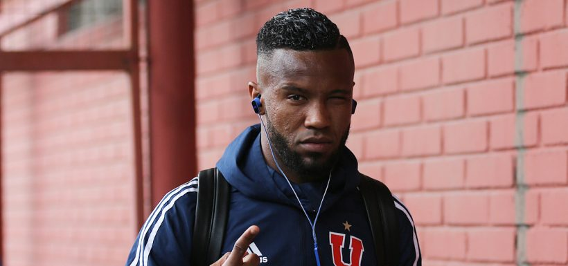 """La """"U"""" le raya la cancha a Rafael Vaz para que continúe en el fútbol chileno"""