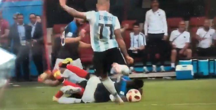 [VIDEO] ¡Mala leche! La fea agresión de Nicolás Otamendi que demostró ser un mal perdedor en Argentina