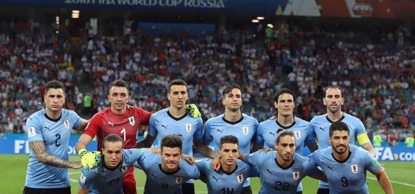 Uruguay, Francia, Edinson Cavani, Rusia 2018, Cuartos de Final, lesión edematosaen el músculo gemelo interno de su pierna izquierda