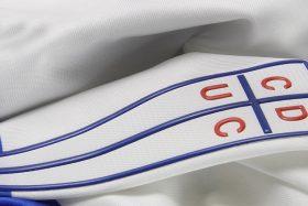 Universidad Católica, nueva camiseta, si la mojan, el orgullo de ser cruzado, San Carlos de Apoquindo