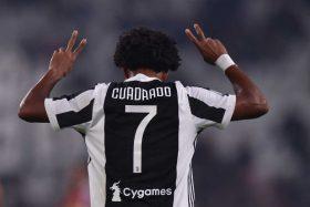 [FOTO] No le quedó de otra: El gesto de Juan Guillermo Cuadrado para ganarse la amista de Cristiano Ronaldo