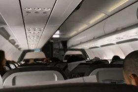 [VIDEO] ¡Ídolo nacional! Piloto de avión informó eliminación de Argentina en pleno vuelo y sacó aplausos