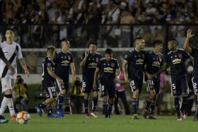"""¡Bomba azul! Corinthians confirma interés por este crack de la """"U"""" y se llevaría... ¡Ahora!"""