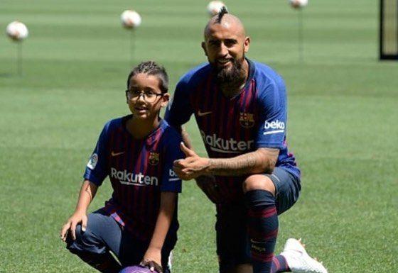 Arturo Vidal, Barcelona, dorsal, número 8, Arthur