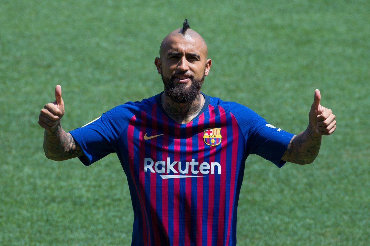 Arturo Vidal, Barcelona, presentación