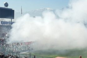Colo Colo, escándalo, Superclásico, castigo, Estadio Seguro, Carabineros, bengalas, fuegos artificiales