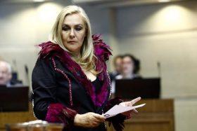 ¡Polémica! La frase de Pamela Jiles contra el nombramiento del nuevo Aeropuerto Pablo Neruda que encendió las redes sociales