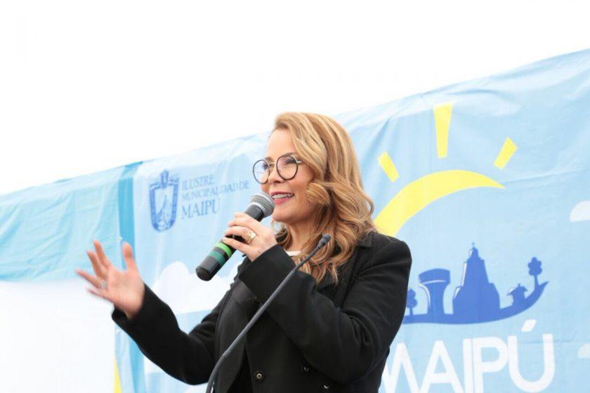 Cathy Barriga.