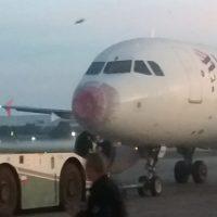 [FOTOS] ¡Grave emergencia! Vuelo de Latam tuvo que aterrizar de emergencia tras lluvia de granizos