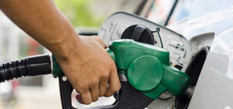 ¡Un respiro! El importante anuncio que hizo el Gobierno respecto a las bencinas