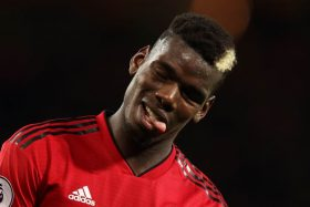 [VIDEO] ¡Histérico! Trolean en masa a Paul Pogba por su insólito penal ante Everton... ¡Dio 26 pasos previos!