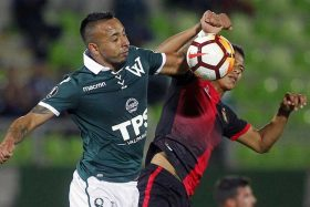 [FOTO] ¿'Villano'? Bernardo Cerezo colapsó las redes sociales tras eliminación de Santiago Wanderers en la B