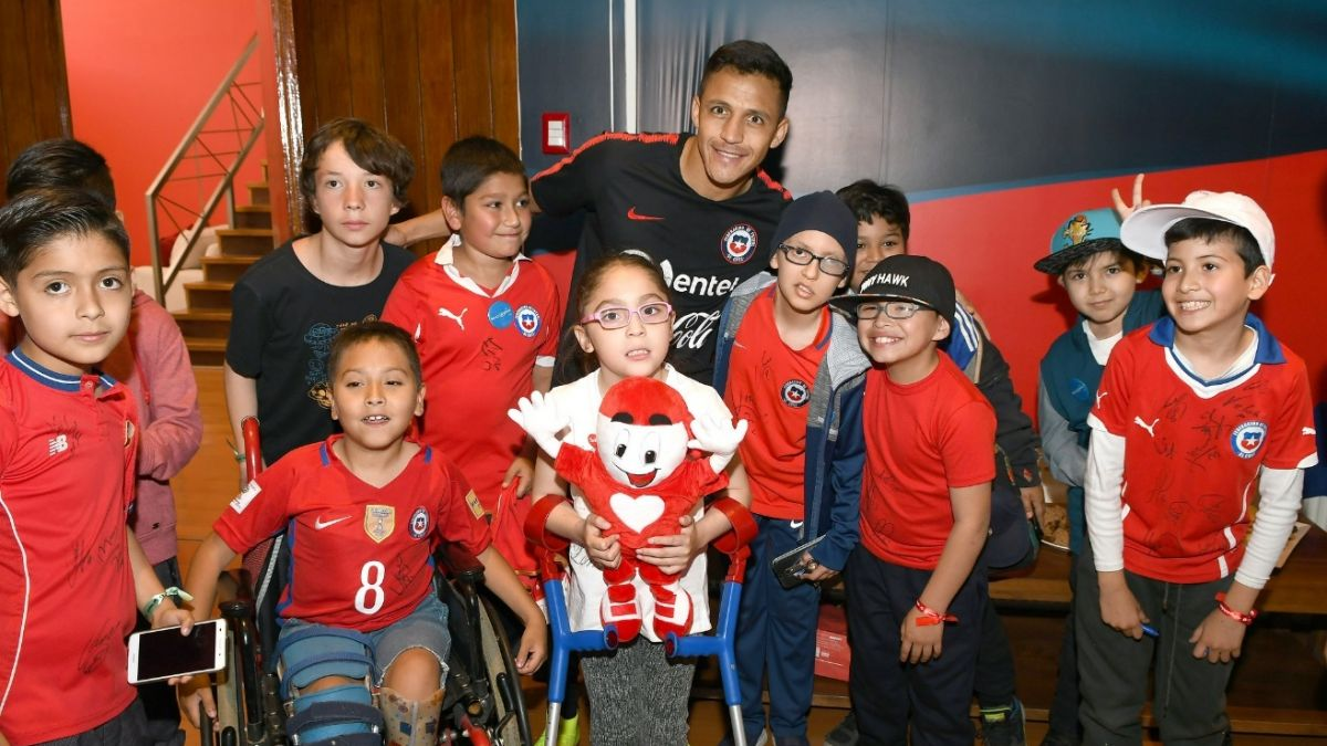 [FOTOS] ¡Golazo solidario! La Roja se suma a la Teletón 2018