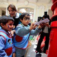 Correos de Chile invita a los chilenos a convertirse en el viejo pascuero
