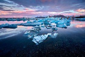 Científicos sorprendidos por rocas radioactivas que están derritiendo la Antártida.