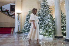 Melania Trump presenta la decoración de Navidad de la Casa Blanca