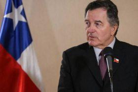 Canciller Roberto Ampuero insta a la comunidad internacional a repudiar al Gobierno de Venezuela.