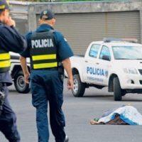 El asesinato de 3 mujeres en Costa Rica amenaza con opacar el turismo