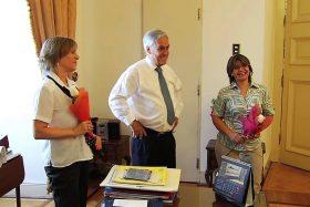 El merecido homenaje del presidente Piñera a las secretarías en su día
