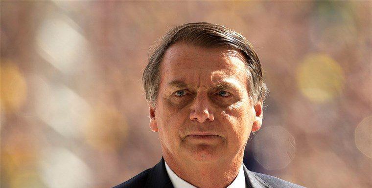 Bolsonaro contra el comunismo: Despidió a 300 empleados públicos en Brasil