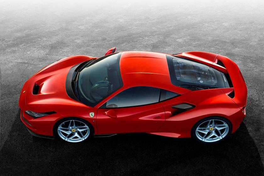 Ferrari F8 Tributo arriba