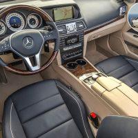 Mercedes-Benz demanda interior cuero