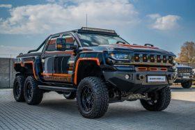 Camioneta Bureko 6x6 negra