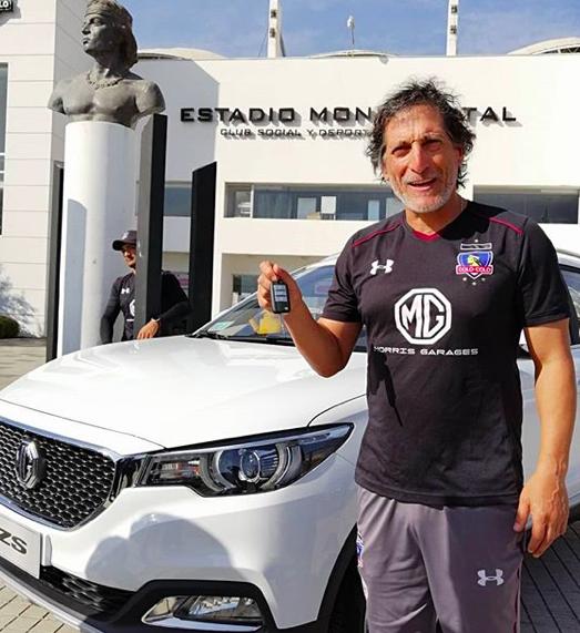 Mario Salas auto nuevo