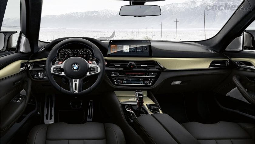 BMW M5 35 Years Edition interior
