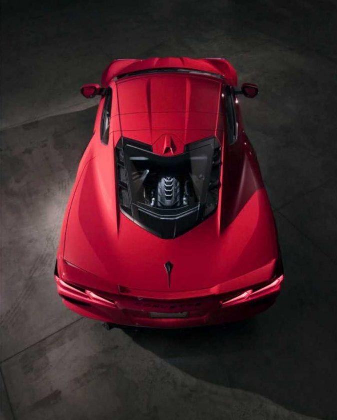 Corvette C8 up