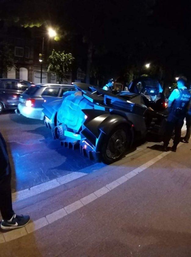 Batimóvil detenido por policía de Bruselas