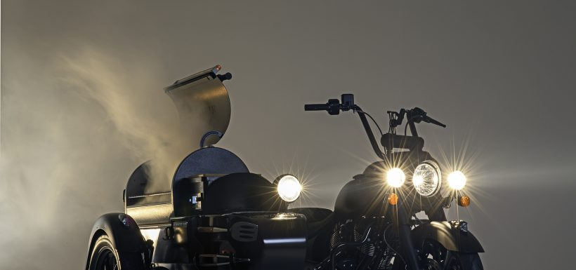Moto Indian con parrilla