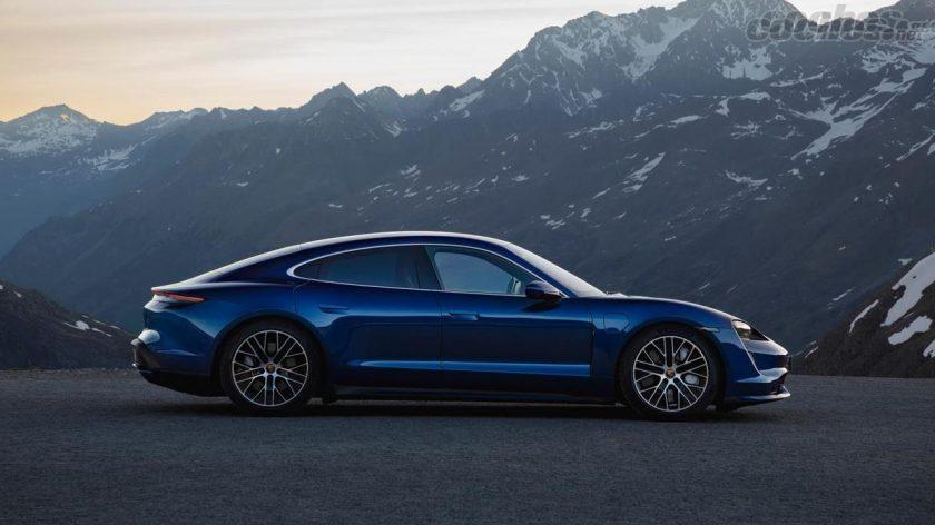 Porsche Taycan side