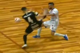 la patada más mala leche de la historia del Futsal