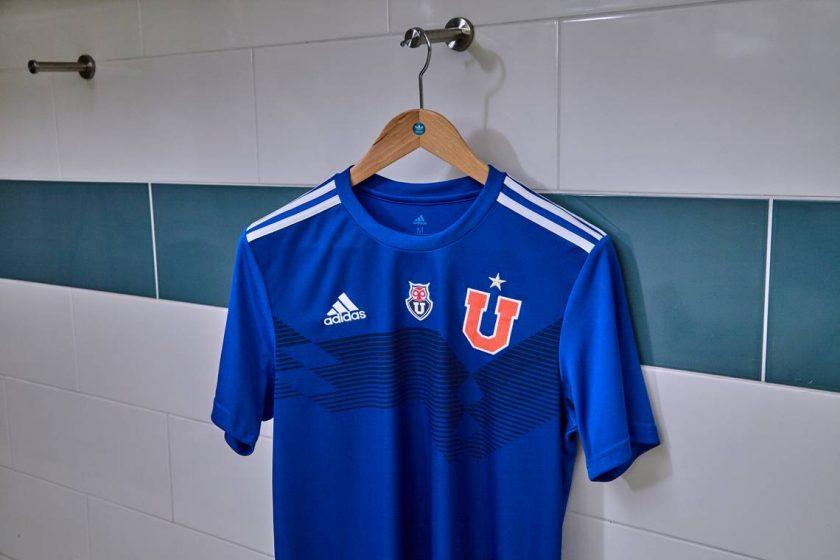 nueva camiseta de la U