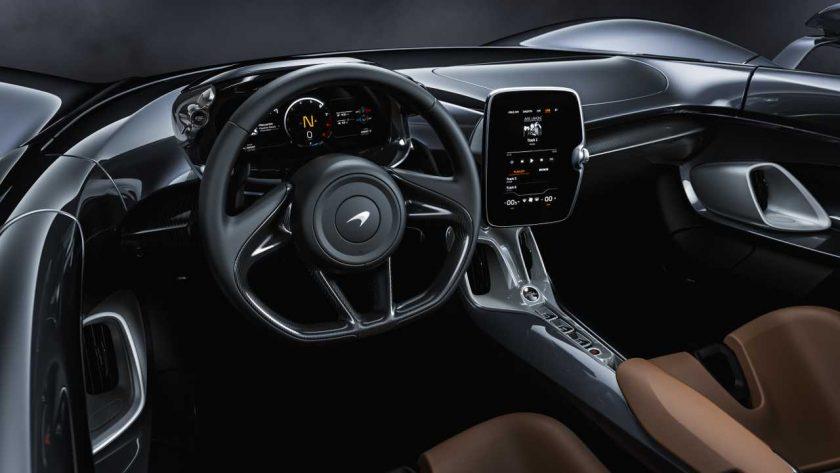 McLaren Elva interior