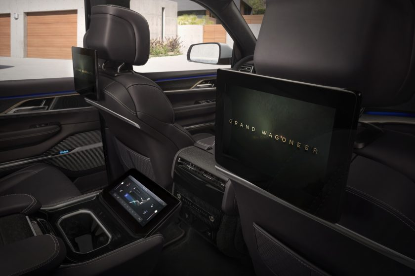 Jeep Grand Wagoneer Concept interior