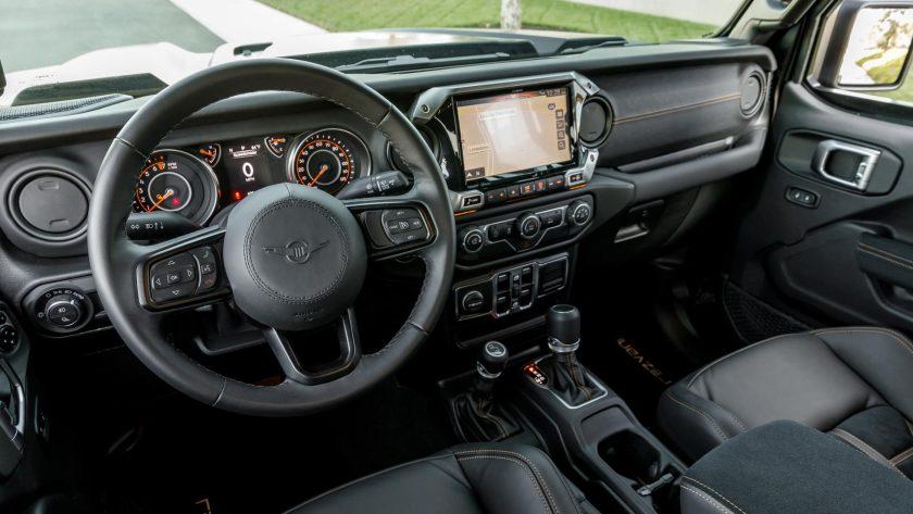Rezvani Hercules 6x6 interior