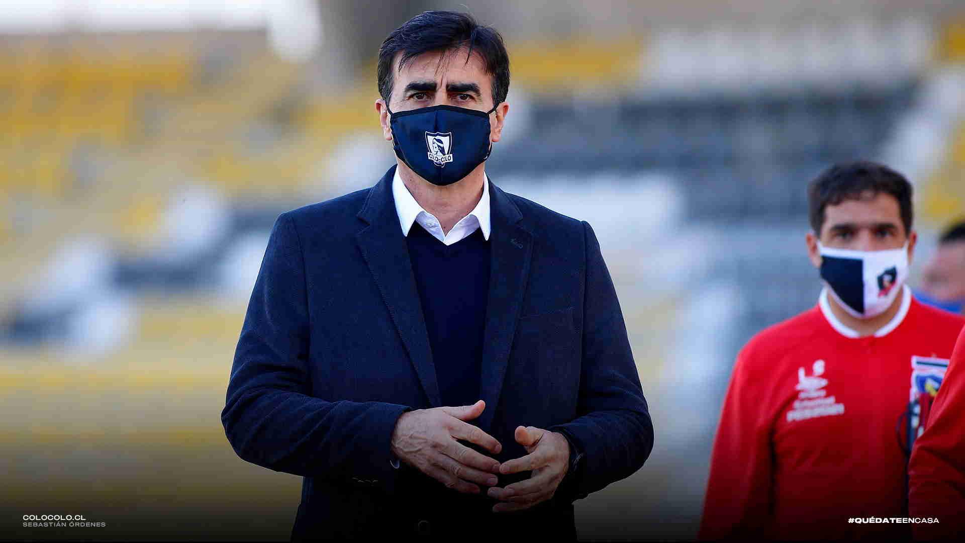 Gustavo Quinteros reveló el nombre del delantero que quiere para Colo Colo