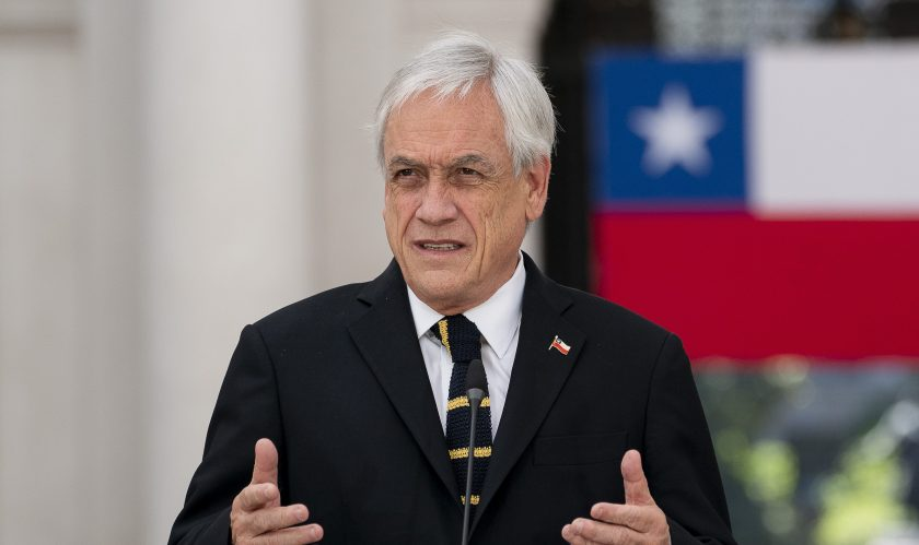 El Gobierno de Piñera quiere ir por su propio proyecto.