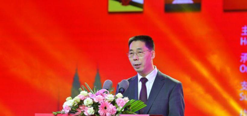 Embajador chino en Chile defiende la efectividad de Sinovac.