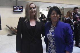 Pamela Jiles junto a Yasna Provoste