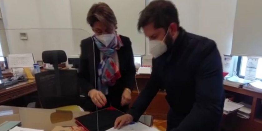 Gabriel Boric y Carmen Gloria Valladares.