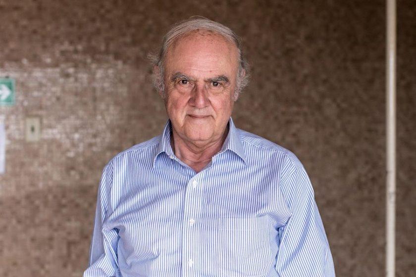 Agustín Squella.