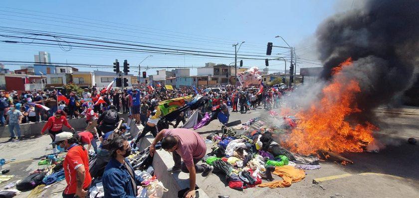 La bomba de tiempo explotó en Iquique.